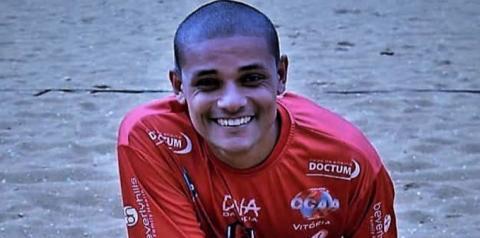 Juninho Mascote, a areia o reverencia pelos 15 anos de carreira!