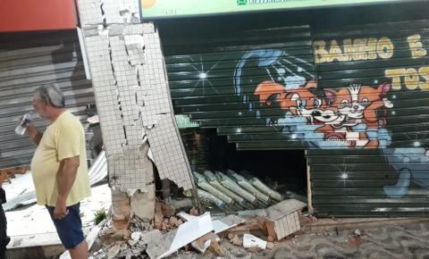 Acidente interdita pontos comerciais na Silvio Avidos, em São Silvano
