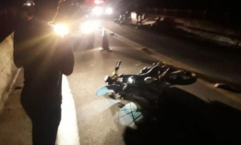 Jovem de 23 anos morre após moto bater na mureta da ponte em Colatina